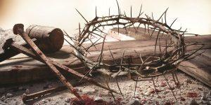 Преображення під Ісусовим хрестом «А коли наглузувалися з Нього, стягли з Нього багряницю, надягли на Нього одяг і повели на розп'яття. Виходячи, зустріли чоловіка з Киринеї на ім'я Симон, якого примусили нести Його хрест» (Матв. 27:31, 32).